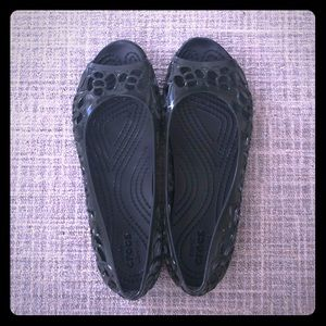 Crocs black jelly flats
